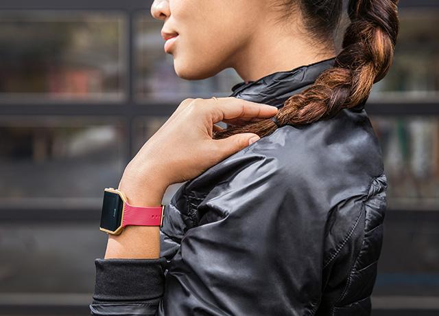Fitbit Blaze in Pink Gold